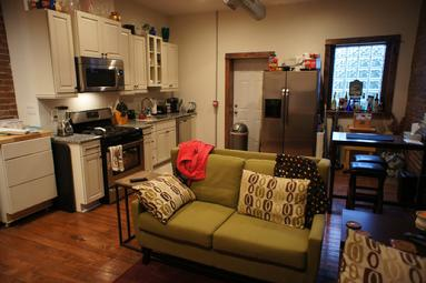 FURNISHED LUXURY 1 BEDROOM APARTMENT NEAR DOWNTOWN PITTSBURGH