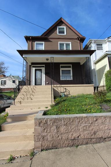 3 bedroom 1.5 bath house for rent munhall pa