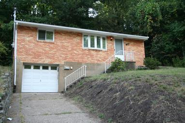 NORTH SHORE 2 BEDROOM HOUSE FOR RENT WITH GARAGE PITTSBURGH PA