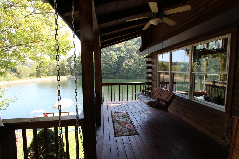 PRIVATE LAKE HOUSE FOR RENT NEAR PITTSBURGH PA