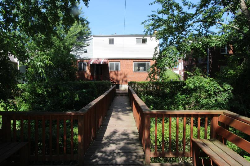 3 BEDROOM 2 BATH HOUSE FOR RENT MUNHALL PA