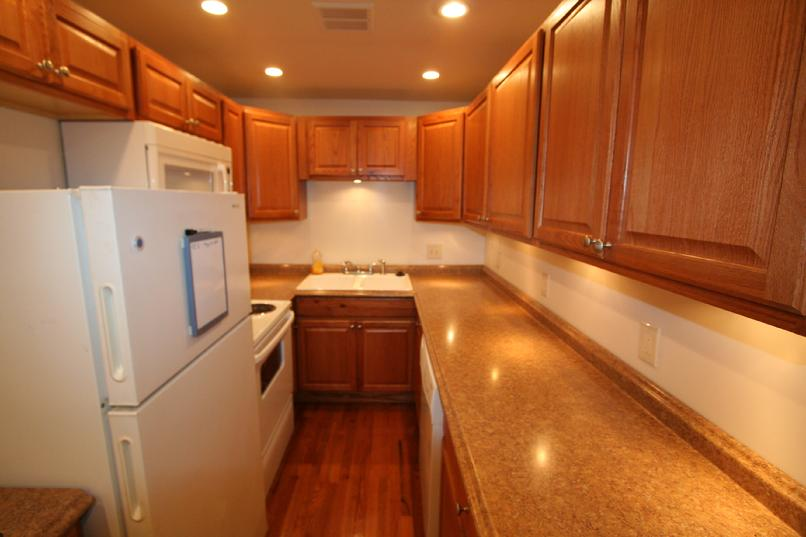 SHADYSIDE PA 2 BEDROOM APARTMENT FOR RENT