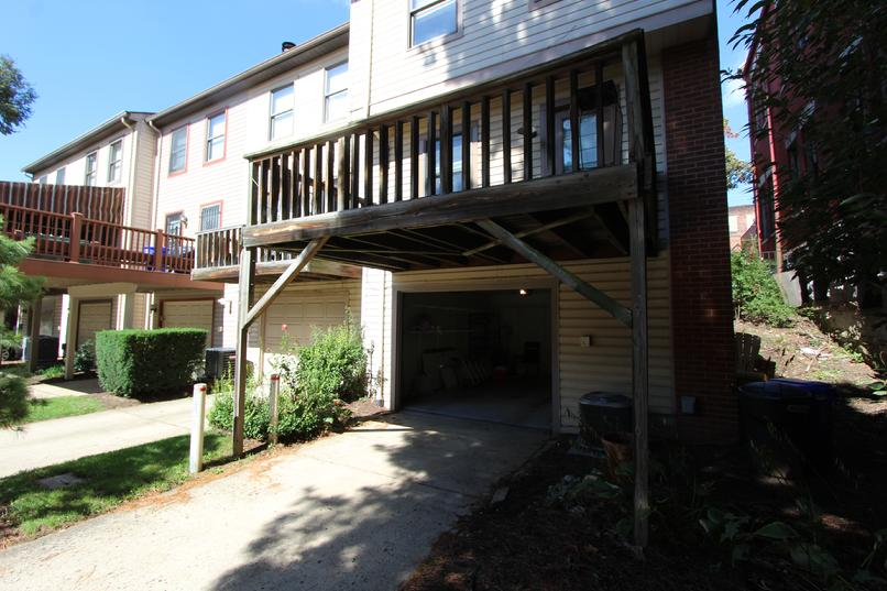 TWO BEDROOM TOWNHOUSE FOR RENT IN PITTSBURGH'S DEUTSCHTOWN NORTH SHORE